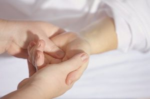 hand-massage